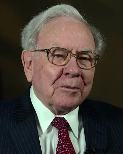 Head shot of Berkshire Hathaway CEO and founder Warren Buffet.